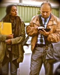 """Das Theaterstück """"Lane 147"""" zeigt die Flüchtlingsgeschichte im französischen Calais. (Foto: Stuart Marlow)"""