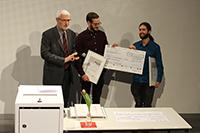 Stifter Cay Etzold (links) mit Andreas Engelhardt und Stefan Müller