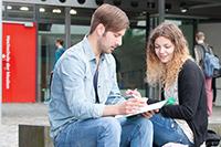 Die HdM informiert regelmäßig Schüler und auch deren Eltern über Studienmöglichkeiten