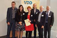 Prof. Dr. Edgar Dörsam, Christina Bodenstein (links) und Prof. Dr. Gunter Hübner (rechts), Foto: Roger Starke (VDMA)
