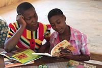 Schülerinnen aus Prikro (Fotos: Stefanie Kastner)