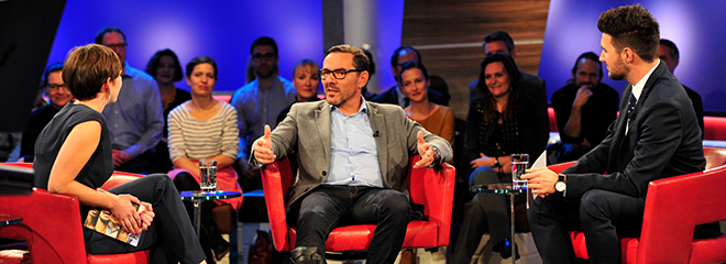 Imo-Moderatoren Felicitas Bonk (links) mit Youtube-Witzeerzähler Oliver Gimber und Fabian Sauer (rechts, Foto: Tom Oettle)