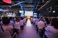 Über 1000 Mitarbeiter der Daimler AG verfolgten den Auftritt