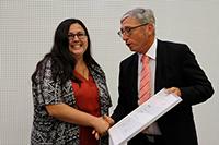 Kanzler Peter Marquardt ehrte die beste Absolventin