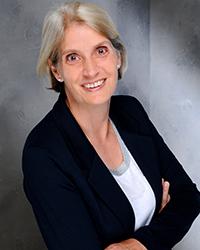 Anja Zerrweck unterstützt die Verwaltungsarbeit der Fakultät Information und Kommunikation, Foto: privat