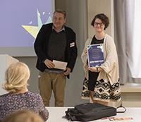 Prof. Jörn Precht mit Gewinnerin Alexandra Schenk