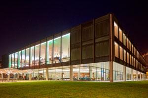 Das Stuttgarter Landstagsgebäude, Foto: PV Projekt Verlag