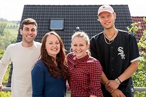 Das Team: Michele Engist, Sophia Feicke, Jenny Deinet und Jan Sabieraj (von links, Foto: W.P. Steinheisser)