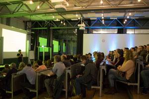 """Die Ringvorlesung zum Thema """"Applied AI"""" war sehr gut besucht, Fotos: Julian Sauer"""