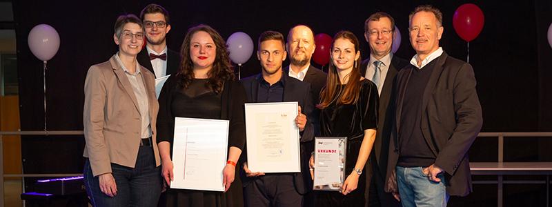 Die Preisträger mit ihren Laudatoren (Foto: Florian Müller)