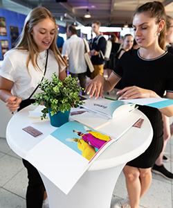 """Bei """"fresh trash"""" haben Studierende aus den Studiengängen Print Media Technologies sowie Werbung und Marktkommunikation zusammen gearbeitet"""