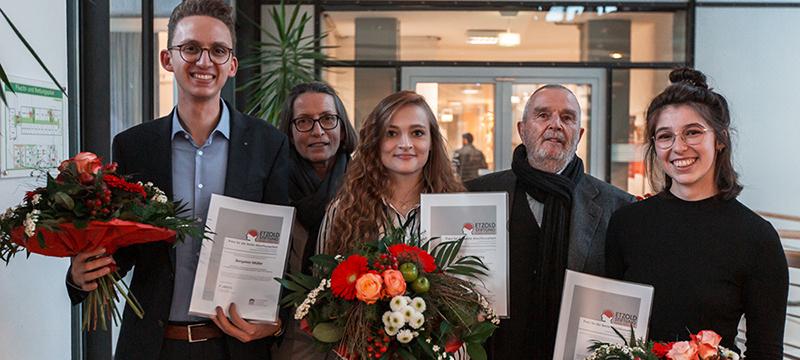 Das Stifterpaar und die Preisträger: Benjamin Müller, Christine Etzold, Lilly Sparenberg, Rüdiger Etzold und Anika Bader (von links, Foto: Kai Gundacker)