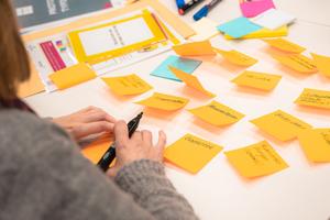 """Das Projekt """"ZEUS"""" unterstützt kleine und mittelständische Unternehmen aus dem Druck- und Verpackungsbereich. (Foto: HdM Start-up Center)"""