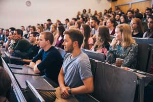 Zum Sommersemester 2020 werden die Erstsemester virtuell an der HdM willkommen geheißen.