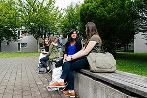 Die Fakultät Information und Kommunikation unterstützt ihre Studierenden